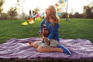Coleção Keds da Taylor Swift