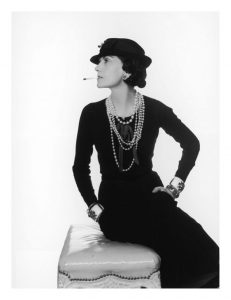 A história de um clássico: a Chanel 2.55