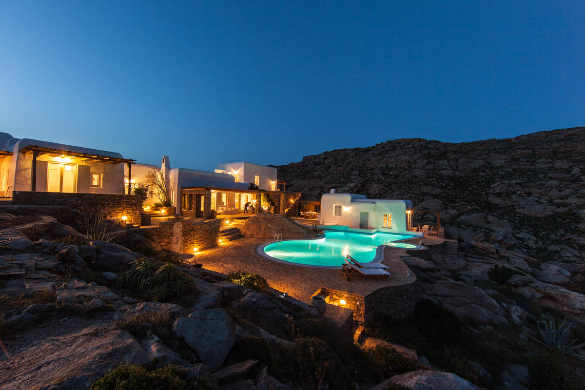 Mykonos-Estates-Mykonos-Real-Estate-Mykonos-villas-Rent-a-villa-in-Mykonos-Villa-Aqua-di-mykonos