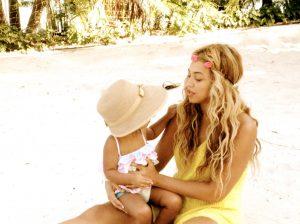 5 imagens que provam que Blue Ivy será tão poderosa quanto Beyoncé