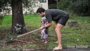 Como fazer seu bebê ajudar nas tarefas domésticas