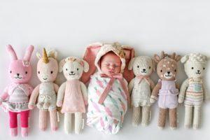 Bonecas de crochê ajudam a matar a fome de milhares de crianças